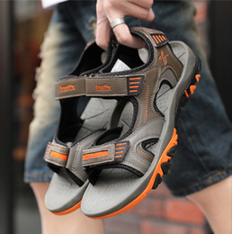 $enCountryForm.capitalKeyWord Australia - men sandals Wholesale shoes factory 2019 new summer men open-toed non-slip slippers male hot style beach shoes high quality sports sandals 1