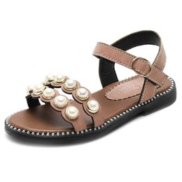 Chinese  2019 new Summer kids shoes pearl kids sandals Fashion princess Girls Sandals casual kids designer shoes girls Beach Sandals A5051 manufacturers