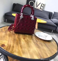 $enCountryForm.capitalKeyWord Australia - New European style luxury ladies handbag shoulder bag bag leather color bright royal Paris leather fashion supermodel catwalk catwalk