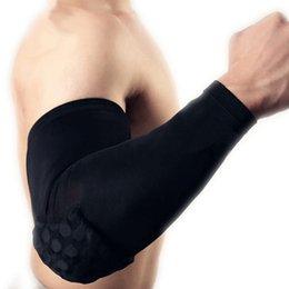 Protector de codo Guardia Apoyo de la articulación de la rodilla Baloncesto elástico Codo Almohadillas Manga resistente al choque Panal Prevenga el dolor de rodilla # 241829 en venta