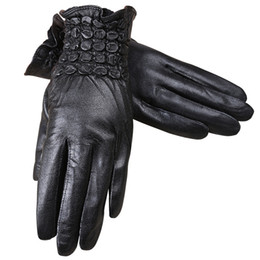 Leather Gloves For Men Australia - 2018 Brand Leather Gloves For Women ladies High Quality Really Leather Gloves Winter Women Winter Warm Mittens