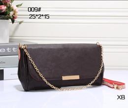 $enCountryForm.capitalKeyWord Australia - Wholesale best selling ladies handbags shoulder diagonal bag ladies fashion design chain shoulder bag handbag 009