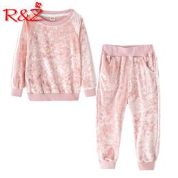 $enCountryForm.capitalKeyWord Australia - R&z Children's Suit 2019 Spring And Autumn New Children's Suit Children's Sportswear Sports And Leisure Suit Plush Casual Jacket J190715