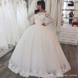 wedding dresses for muslim women NZ - Long Sleeve Wedding Dresses With Lace Button Floor Length Chapel Train For Arabic Women Long Bridal Gowns Plus Size Bateau Neck