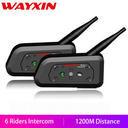 Wholesale 2018 Wayxin R6 Motorcycle Bluetooth Helmet Headsets Intercom for 6 riders BT Wireless intercomunicador Interphone MP3 without Charger