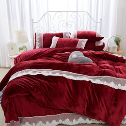 wine bedding sets Australia - Luxury Wine Red Pink Blue Gray Orange Fleece Fabric Winter Thick Bedding Set Lace Duvet Cover Bed sheet Bed Linen Pillowcases