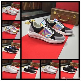 $enCountryForm.capitalKeyWord Australia - Best Luxury Shoes Top Quality Designer sneakers Genuine Leather famous Man Women Walking Casual Shoes with Golden nails