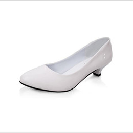 Low Heeled Platform Dress Shoes UK - Designer Dress Shoes Poadisfoo 2019 Women 's Spring And Summer Round White Casual Low Heeled Patent Leather For Women .lss-805