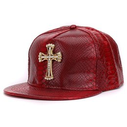 Crystal Ball Base Australia - New Luxury Pu Leather Base Ball Cap Brand Crystal Hip Hip Caps Pop Crown Skull Cross Pattern Pu Fashion Hat Flat Brim Ball Hat