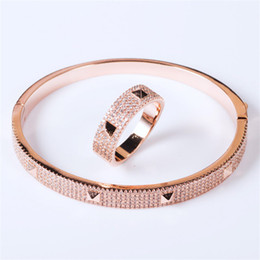$enCountryForm.capitalKeyWord UK - Luxury Rings Fashion Bracelets Exquisite Bangles Classic Rings High Quality Fashion Wedding Bracelet Full CZ Diamond Bangle Lover Gift