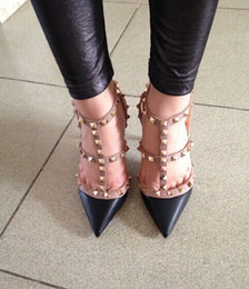 donne tacchi alti scarpe da sera moda rivetti ragazze sexy scarpe a punta scarpe fibbia piattaforma pompe scarpe da sposa nero bianco rosa color6 in Offerta