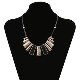 $enCountryForm.capitalKeyWord Australia - Fashion Neck Wearing Chain Rope Irregular Geometric Women Necklace Ladies Collar for Elegant Party Decor