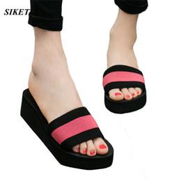 Discount sandals slipper designing - Women Summer Flip Flops Flat Shoes Ladies EVA Sandals Slipper Indoor Outdoor Flip-flops Beach Shoes Striped Design Slipp