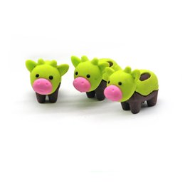 $enCountryForm.capitalKeyWord UK - 3D Creative cow eraser animal removable rubber eraser stationery school supplies papelaria kids penil eraser toy gift Free shipping -252