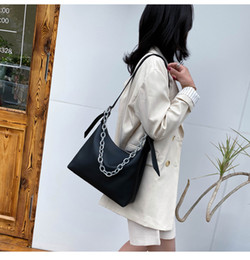 Discount shoulder strap polyester bag 2020 summer new Chain crossbody bag fashion bag Solid color shoulder Shoulder strap handbag