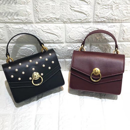 $enCountryForm.capitalKeyWord Australia - Pretty2019 Woman Bag The Tide All-match Messenger Single Shoulder Chain Hit Color Pearl Concise Small Square Package