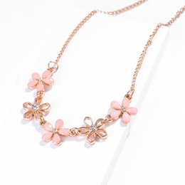 cute gifts for friends UK - SUKI I Love You Bohemian Cute Candy Flower Charms Necklace Link Chain Gold Choker Female Jewelry For Summer Best Friend Gift