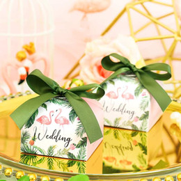 $enCountryForm.capitalKeyWord Australia - 100pcs lot Flamingo Bread Paper Candy Box For Wedding Baby Shower Party Decoration Wedding Favors And Gifts Box