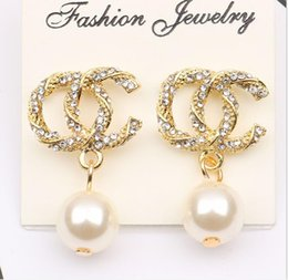 wholesale rhinestone snake earrings Australia - 925 silver needle lady fashion diamond with round pearl gold earrings