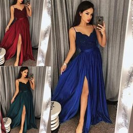 0e26045b04 Royal Blue Prom Dresses Formal Spaghetti Straps Evening Gown Dubai 2019 New  Split Party Gowns Black Couple Day vestido de novia