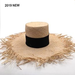 2019 New Fashion Brand Show Straw Hat For Women Soft Raffia Sun Hats High Quality Handmade Wide Large Brim Beach Hat wholesale from black hip hop t shirts suppliers