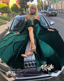 Light Green Pearls Australia - 2k19 dark green high split Mermaid Prom Dresses Sexy halter Evening Gowns South African with detachable sleeves beaded Pearls Party dresses