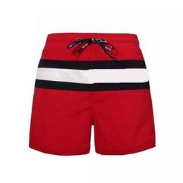Venta al por mayor de Nueva moda para hombre Shorts Casual Color sólido Junta Shorts hombres estilo de verano Playa natación Shorts hombres deportes cortos