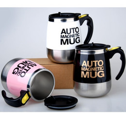 self stirring mugs Australia - AUTO MAGNETIC MUG coffee milk mix cups 304 stainless steel tumbler Creative electric lazy Self stirring mug SH190925