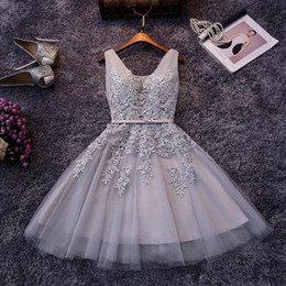 Wholesale black mini dress lace back for sale – plus size 2019 Cheap Short A Line Cocktail Homecoming Dresses Lace up Back V Neck Appliques Ruffles Knee Length Homecoming Prom Gowns CPS341