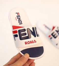 Wholesale Newest Branded Kids Leather Letter Print Slippers Fashion Boy Girl Rubber Sole Non slip Beach Slide Sandal