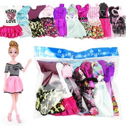 Wholesale Newest Doll Dress Beautiful Outfit Handmade Party Clothes Top Fashion Skirt For Barbie Noble Doll Best Child Girls Gift random