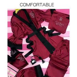 Seis de lujo elegante traje de una pieza Pasarela estaciones de alta gama modelos calientes de perforación Impreso camisón de seda chándal Mujer Durante todo el año en venta