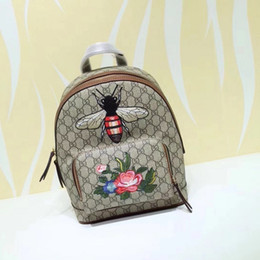 $enCountryForm.capitalKeyWord NZ - 2019 Top Quality Celebrity design Letter embossed Embroidered Bee flower Print animal canvas leather Backpack Man Woman 427042 Travel bag