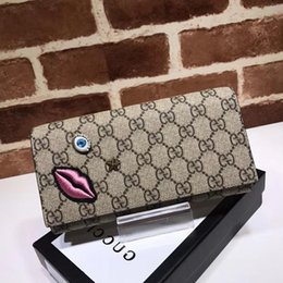 $enCountryForm.capitalKeyWord Australia - Top Quality Luxury Celebrity Design Letter Embossing Lips Eyes Star Embroidery Wallet Cards Pack Canvas Leather 428736 Purse Clutch