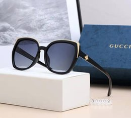 luxury picture frames Australia - Fashion Brand Little Bee sunglasses luxury women's wear brand designer square summer full picture frame quality anti uv with box or Without