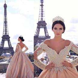 2019 Spitze Perlen Vintage Brautkleider Schatz Lange Ärmel Satin Brautkleider Sexy Billig Elegante Brautkleider im Angebot