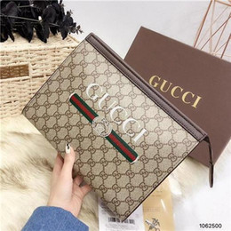 Canvas makeup pouCh zipper online shopping - 2018 new quality men travelling toilet bag fashion design women wash bag large capacity cosmetic bags makeup toiletry bag Pouch