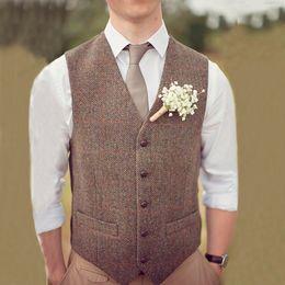 Ingrosso 2019 Country Brown Groom Gilet Per Matrimonio Lana A spina di pesce Tweed Custom Made Slim Fit Mens Suit Vest Azienda agricola Vestito da promenade Plus Size