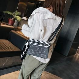 $enCountryForm.capitalKeyWord NZ - Fashion-Wobag Fashion Movie Prop Design Pu Leather Casual Women Clutch Bag Envelope Bag Shoulder Crossbody Messener