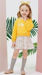 2020 новых малышей платья девушки длинный рукав осень весна платье рукав фонариков дешево, но высокое качество мягкой девушки одежды Бесплатная доставка на Распродаже