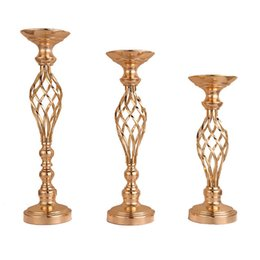 $enCountryForm.capitalKeyWord UK - 1Pcs Metal Flowers Vases Candle Holders Gold Plated Iron Candlestick Wedding Candelabra Home Decoration
