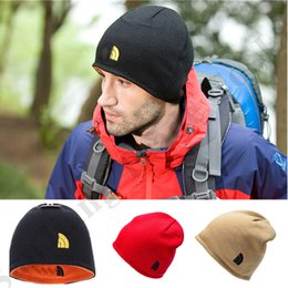 $enCountryForm.capitalKeyWord NZ - Brand Designer Men Beanies The North Reversible Beanie Fleece Skull Caps Face Double layer Winter Warm Hats Outdoor Skiing Knit Cap C72604