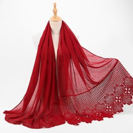 Chinese  Fashion Shiny Gold Hollow Scarf Women Elegant Lace Shawl Female Muslim Wraps Muffler Scarves bandana hijab manufacturers