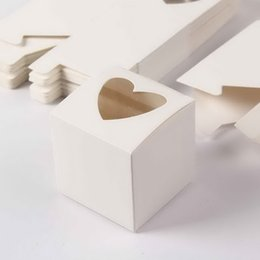 $enCountryForm.capitalKeyWord NZ - Wholesale-2019 Heart Shaped Window single PVC cupcake boxes New Style Single Cupcake Boxes For Party 48pcs