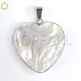 $enCountryForm.capitalKeyWord Australia - natural gemstone nature ivory white color mother of pearl shell love heart pendant ocean themed jewellery