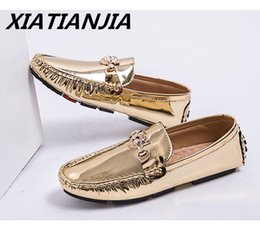 $enCountryForm.capitalKeyWord Australia - Summer leather Shoes Men Unisex Loves Sequin Men Shoes Men's Moccasins Loafers Breathable Gold Silver Casual Tenis Masculino