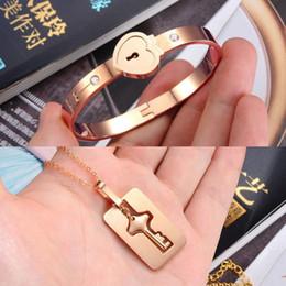$enCountryForm.capitalKeyWord UK - Square  Shield Key Pendant Necklace and Lock Bracelet for Girls Boys Couple Necklace Bracelet Set for Men and Women Anniversary Birthday Gif