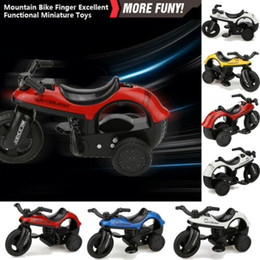Biciclette Pull nuovo modo bambini del mini veicolo Torna giocattolo con grande rotella della gomma creativi regali per i bambini 3E25 in Offerta