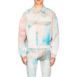 $enCountryForm.capitalKeyWord Australia - Fear Of God Fog Los Angeles Limited Cloud Color Rendering Denim Jacket Men And Women Couple Jacket Retro High Street Kanye Same Hfssjk066