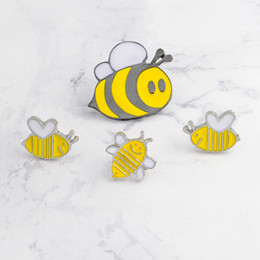 Discount enamel pin badges Enamel animal pins Smiling honey bee insect brooch Denim Jacket Pin Buckle Shirt Badge Animal jewelry Gift for kid